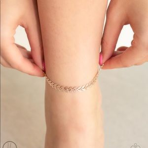 NEW! Paparazzi West Coast Goddess Rose Gold Anklet